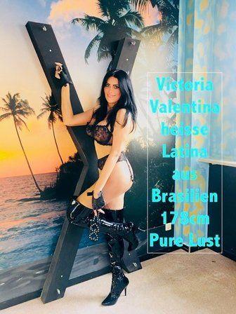 Victoria Valentina eine feurige Latina - Victoria Valentina - 00000013-jpg.2899
