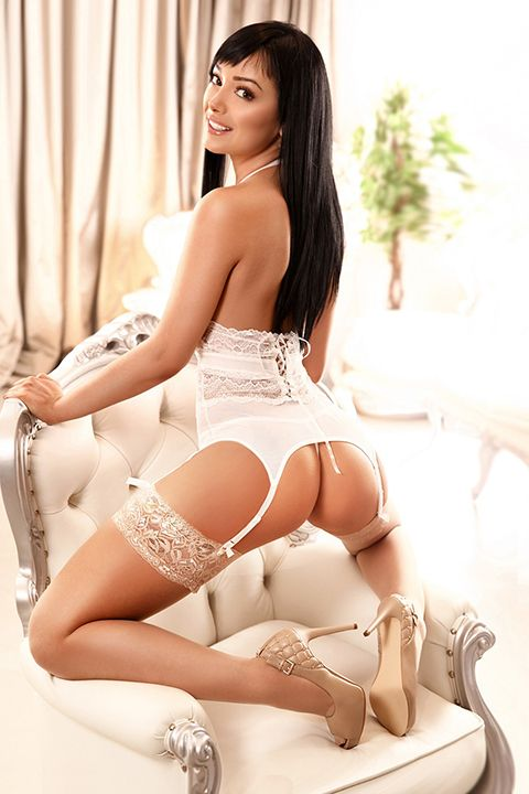 High Class Escort Agency in London - auroralondon - 20200309mina6-jpg.9260