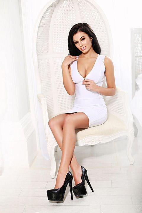 High Class Escort Agency in London - auroralondon - 20200529opal1-jpg.9490
