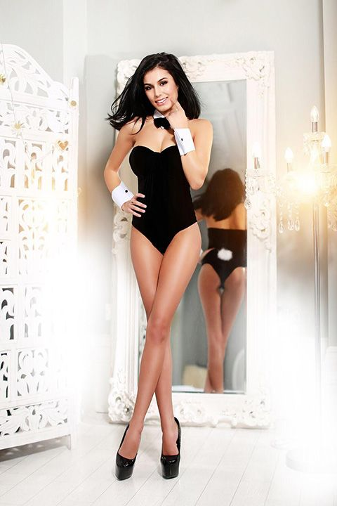 High Class Escort Agency in London - auroralondon - 20200529opal4-jpg.9493