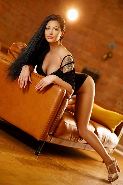 High Class Escort Agency in London - auroralondon - 20200807lisa7-jpg.10036