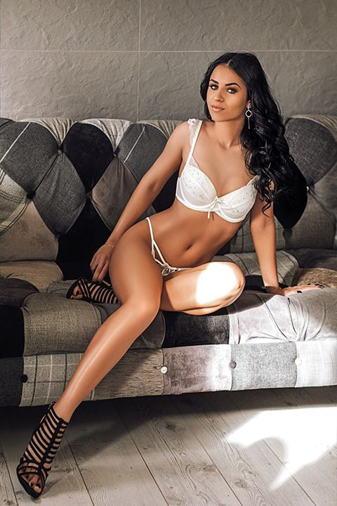 High Class Escort Agency in London - auroralondon - 20200811sanda2-jpg.10108