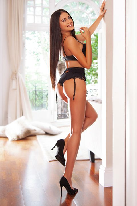 High Class Escort Agency in London - auroralondon - 20200813natasha5-jpg.10157