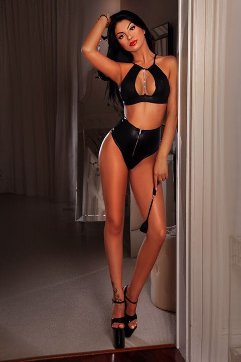 High Class Escort Agency in London - auroralondon - 20200820thelma4-jpg.10190