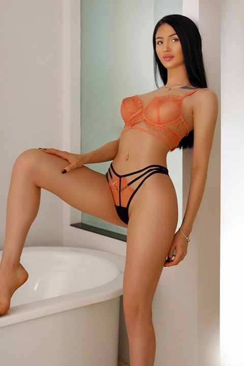 High Class Escort Agency in London - auroralondon - 20200907ariel6-jpg.10242