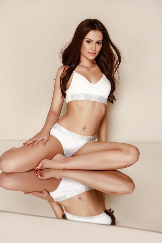 High Class Escort Agency in London - auroralondon - 20200923gabriela1-jpg.10410
