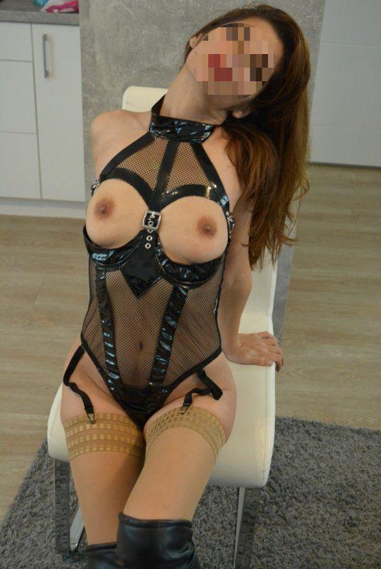 MISTRESS MELISA aus Dortmund - jung und erbarmungslos - Renata - adsc_0008-bearb-jpg.11340