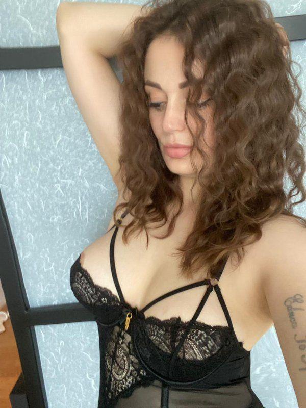 bezahlte Sextreffen Sex für eine Stunde Massage mit Abschluss - Angela Kussen - img-20210710-wa0040-jpg.12516