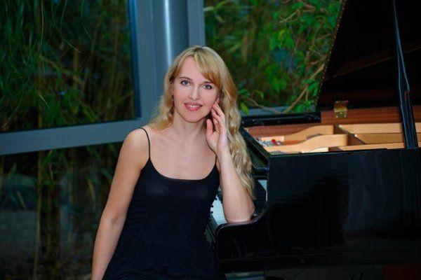 Klavierunterricht - Helen Blau - large_image_0-jpg.2157